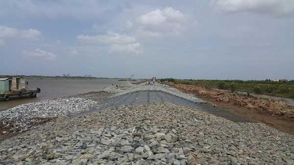 Hình ảnh ứng dụng rọ đá trong thi công công trình bờ kè bờ sông